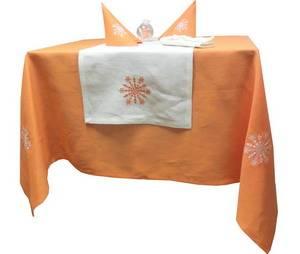 Скатерть новогодняя ЛЁН 180х145 оранжевая с вышивкой