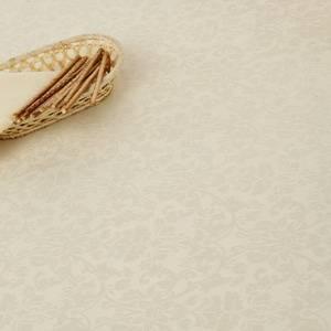 Скатерть овальная 240х150 110617/1472 Молоко мелкий цветок